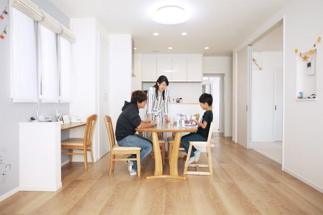 香芝・広陵の新築・分譲・一戸建ての施工事例:賢く元気に、のびのびと子どもが育つ家